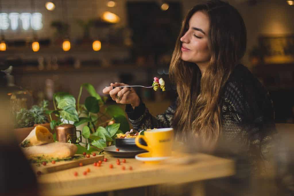 Comer sano y zero waste en furgoneta. Elegir bien los lugares donde comer.