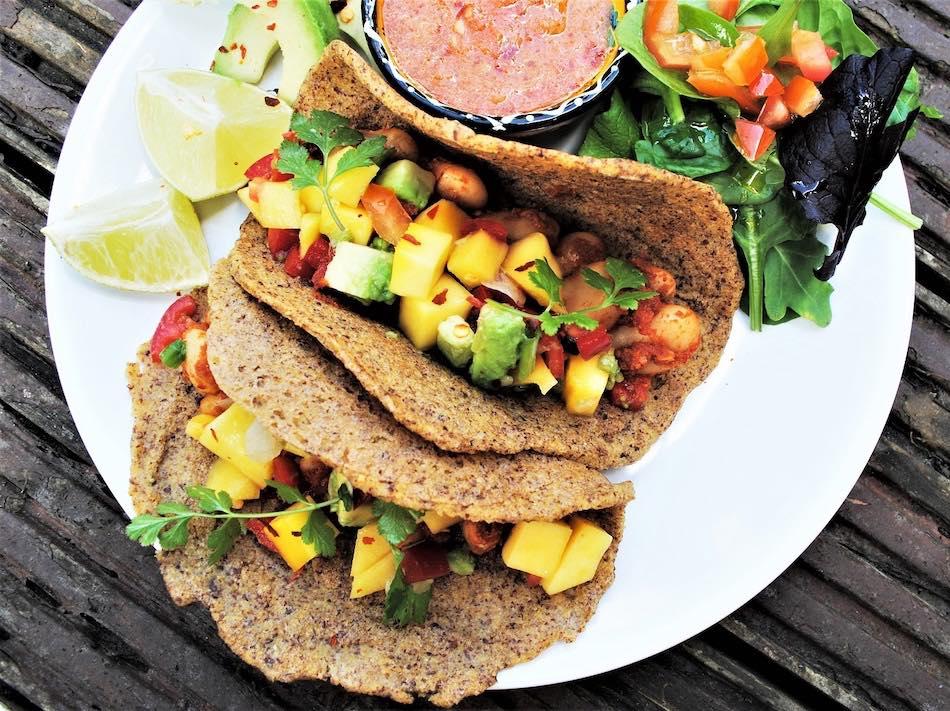 Tacos de mango y chili. Receta vegana, saludable y mexicana