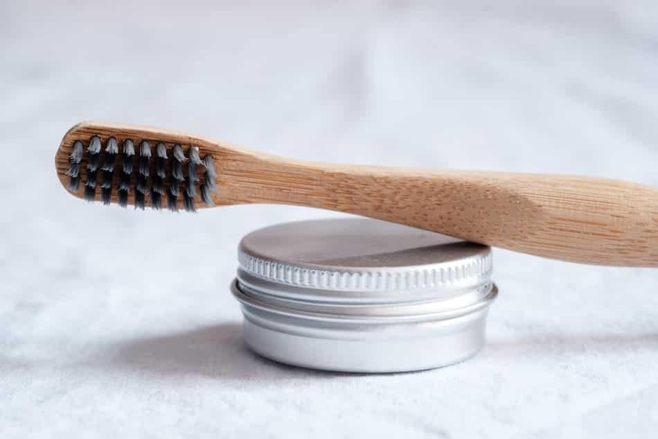 Pasta de dientes sin tóxicos.